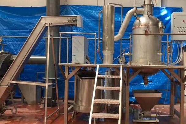 خط تولید رب کارگاهی با ظرفیت ۱۰ تن ورودی گوجه در روز